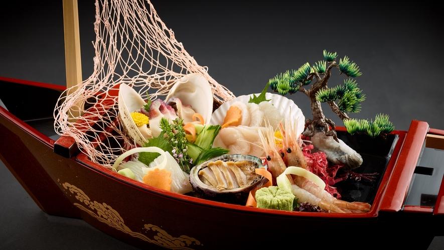 「特選和食会席膳」旬の魚貝 船盛合わせ5種盛