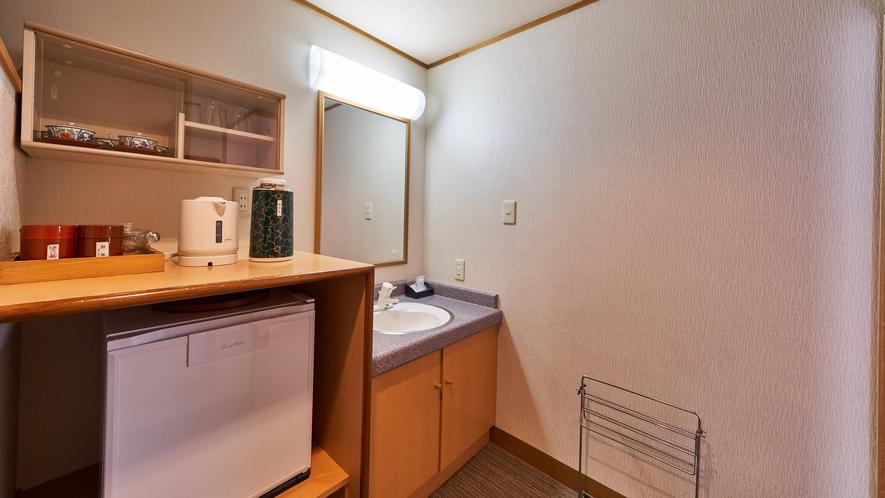 【本館禁煙和洋室 8畳+ツインベッド】洗面