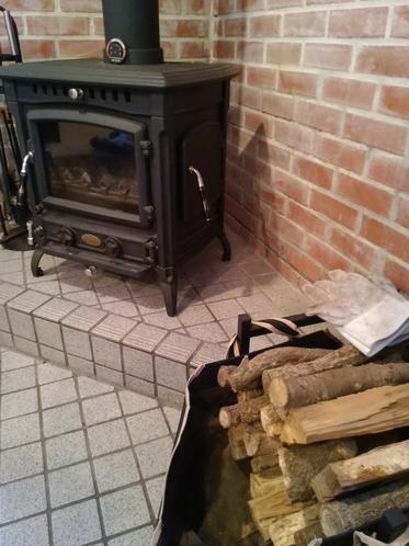 ログハウス 暖炉