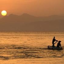 【伝馬船体験プラン】天草・御所浦の原風景‐伝馬船にのってゆらり、海上さんぽの旅へ。