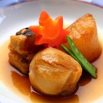 旬の味覚を味わうグレードアップ会席「雅」コースお料理内容一例