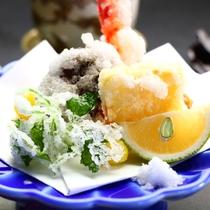 旬の味覚を味わうリーズナブル会席「粋」コースお料理一例