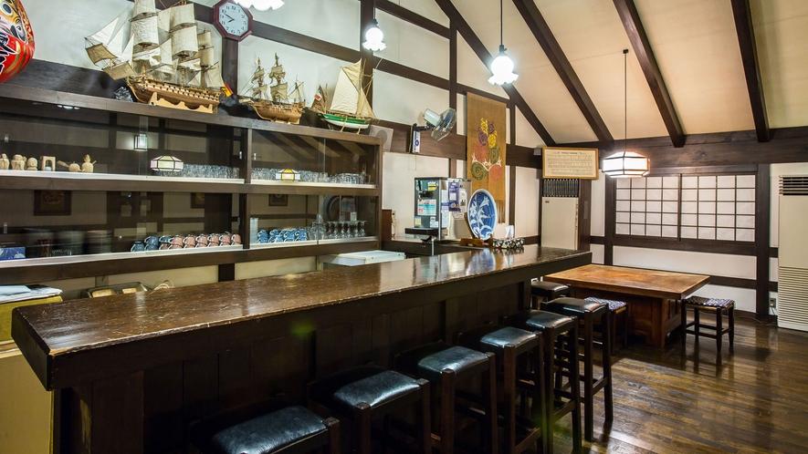 【食事処】信州松本らしい「蔵シック」な1室、朝食処です。