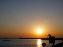 こんな綺麗な夕日見たくないですか?