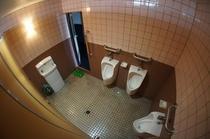 『ほていや』の男性用トイレ