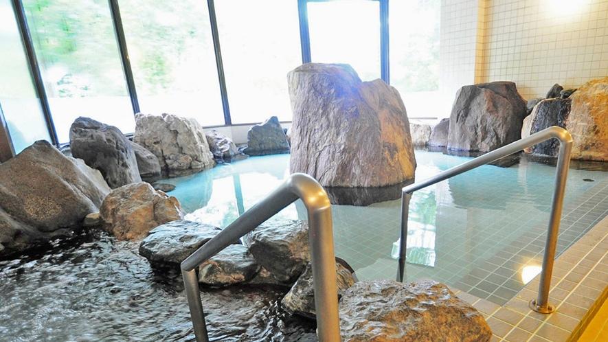 【岩風呂】ごゆっくりとおくつろぎいただけます。