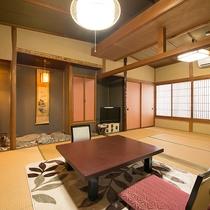 【和室/東山】細部が一室ずつ異なる作りのお部屋。