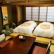 【和室/友禅】1室限定で寝起きの楽なベッドのお部屋をご用意しました。1階のお部屋でございます。