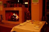 暖炉のあるレストラン