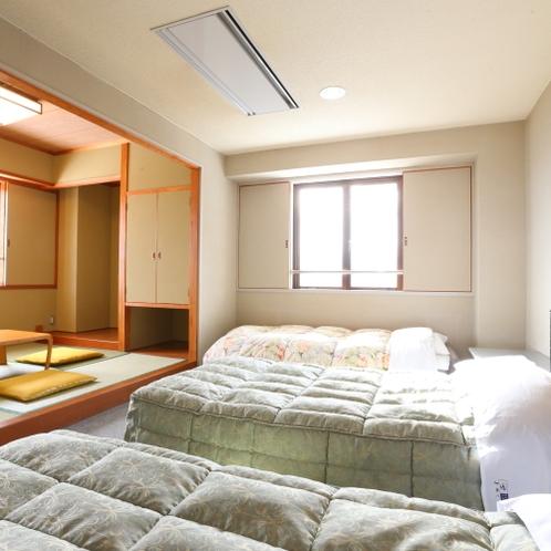 ■【本館・和洋室29平米】のお部屋です。ソファベッドもご用意しております。