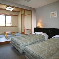 ■本館・和洋室20平米のお部屋です。和室もあるのでゆったりお過ごしいただけます。