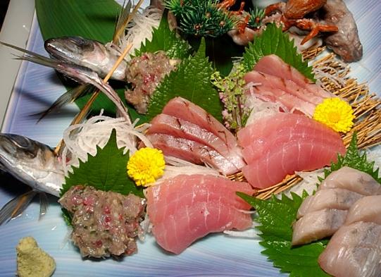 【部屋食】和室(6〜10畳):『地魚の刺身舟盛り』付☆2食付≪現金特価≫