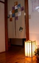 本館の客室入り口
