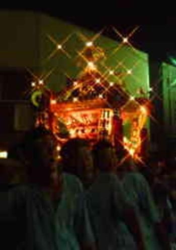 川津地区の神輿