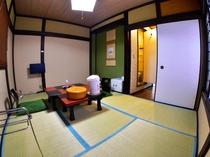 ユニットバス付き和室6畳(1階)