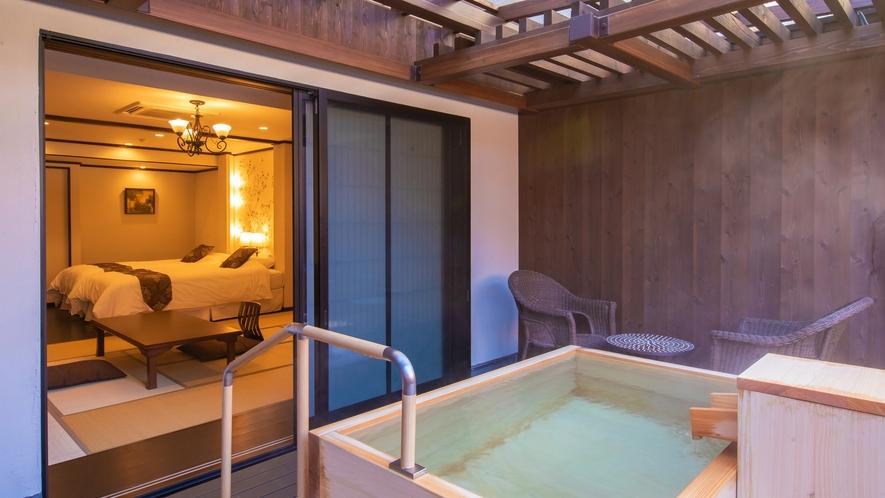 深山亭・露天風呂付き客室◆坪庭で静かに過ごす空間