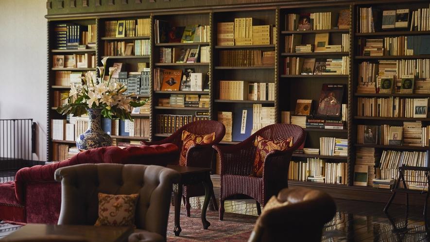 蔵書Lounge&Bar◆3万冊の蔵書からお好きな物語を取り出して貴方だけの特別な時間を