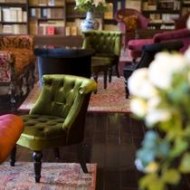 ■蔵書Lounge&Bar