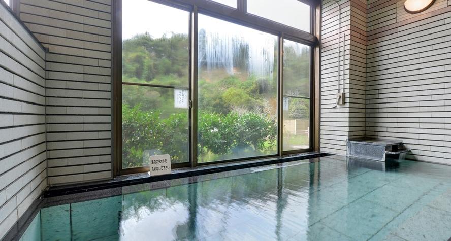 *内風呂/地下1200mから湧出する天然ラドン含有の温泉