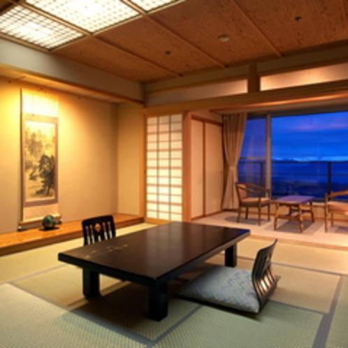 【万葉】日本情緒溢れる造りの客室。 谷川岳連邦も一望でき、眺望も抜群です。 ※写真は一例です
