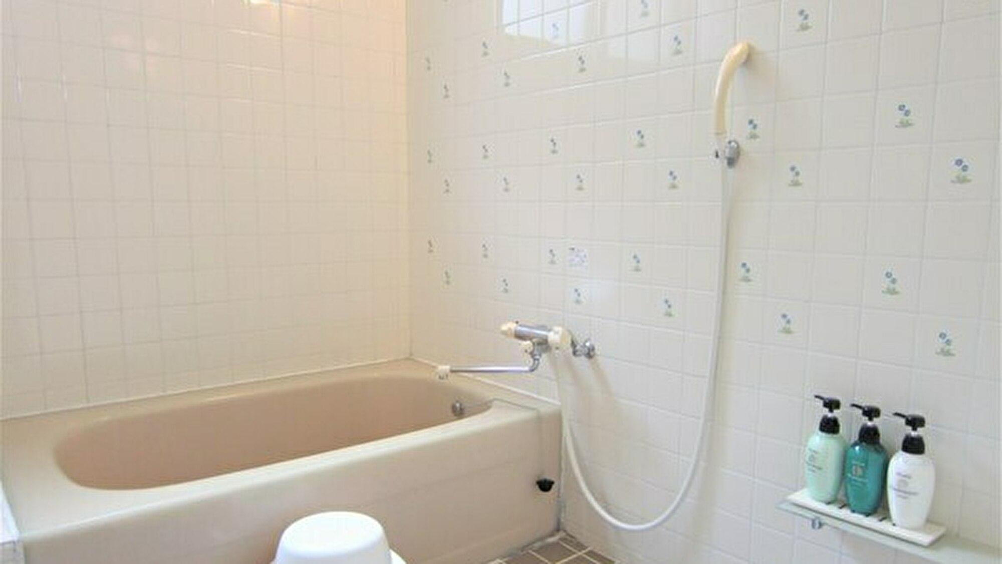 コテージ内のバスルーム(一例)