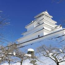 雪の鶴ヶ城(会津若松城)