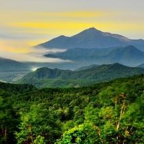 磐梯山全景