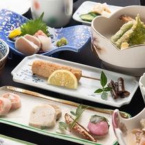 *[夕食/スタンダードプラン一例]美味しい水と山梨の豊かな食材を使った旬の味覚をご堪能下さい