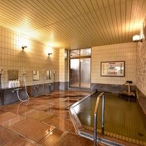 *[大浴場(男湯)]源泉成分を壊さないよう40度前後に加温してあるため長湯でお愉しみいただけます