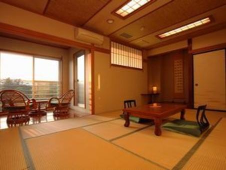 妙義山を望む 露天風呂付和室 14帖「赤とんぼ」