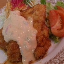 【1階 レストランおぐら】チキン南蛮