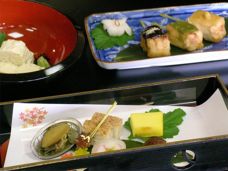 京野菜と湯葉をメインとした京会席【11月イメージ】