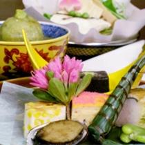 5月は初鰹のたたき!!『毎月旬の素材を吟味した』竹の子のお鍋も!無料駐車場有!!
