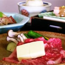 国産霜降り牛をメインとした京会席【2011.11月イメージ】