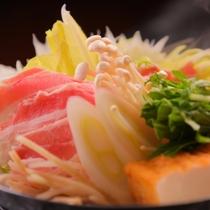■雲仙クリーンポーク鍋の味噌仕立て ※料理一例