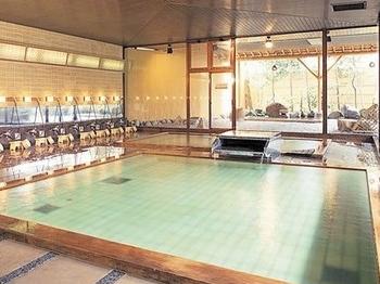 男性大浴場殿の湯広い風呂をお楽しみください