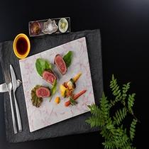GENJI香夕食メイン料理「とようら牛ステーキ」