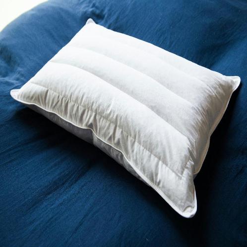 寝落ちお約束の西川製枕