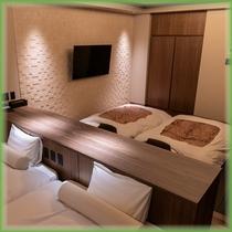 『別館』4階富士展望風呂付和洋室■寝室窓側2021年4月新設 ※4名でご宿泊の場合