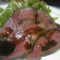 夕食 お肉のプレートローストビーフ
