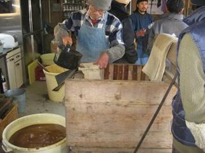 無農薬の醤油作り