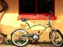 無料貸し出しの自転車で海辺の町を散策♪