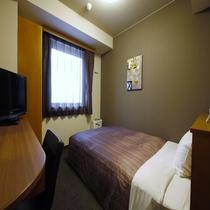 ■スタンダードシングルルーム■ 明るくシンプル、清潔感溢れる落ち着いた雰囲気のお部屋です。
