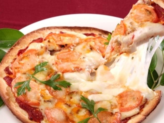 リストランテ「トレヴィ」 ミックスピザ