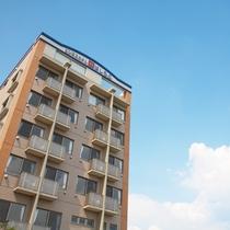 ビジネスホテルはしもと 景色の良い大津の高台に位置するビジネスホテルです。
