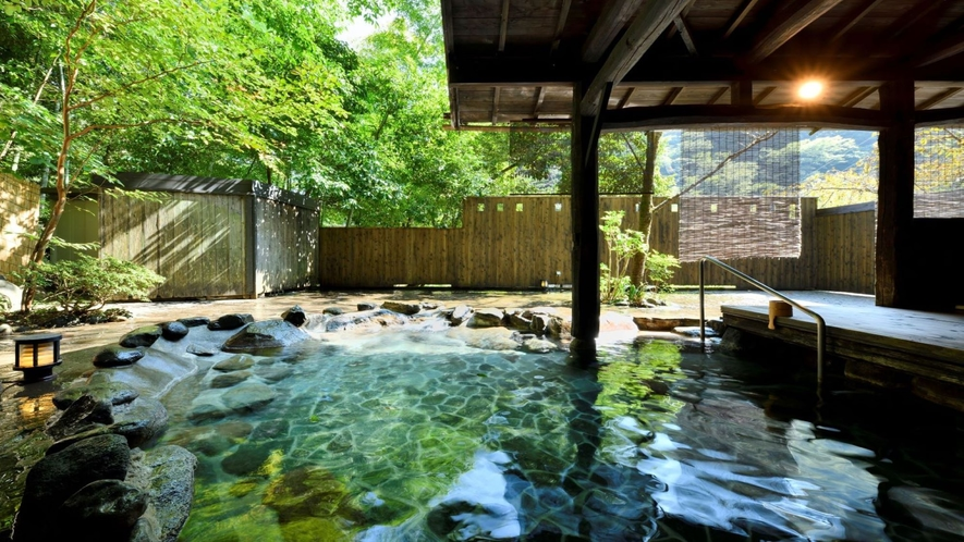 貸切露天風呂「観山の湯」1組50分3000円