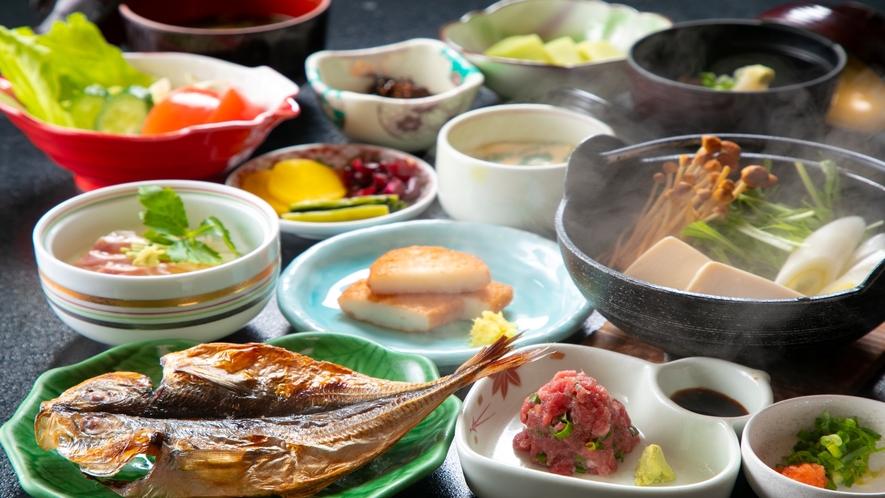 【朝食】品数豊富な朝食膳