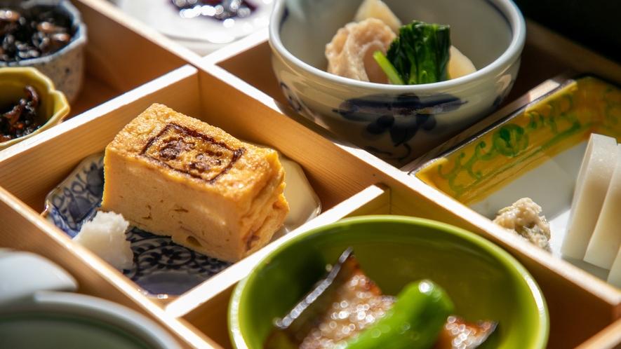 朝食イメージ5(厚焼き玉子)