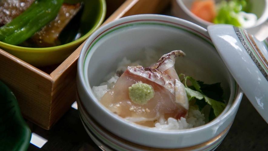 朝食イメージ3(鯛茶漬)