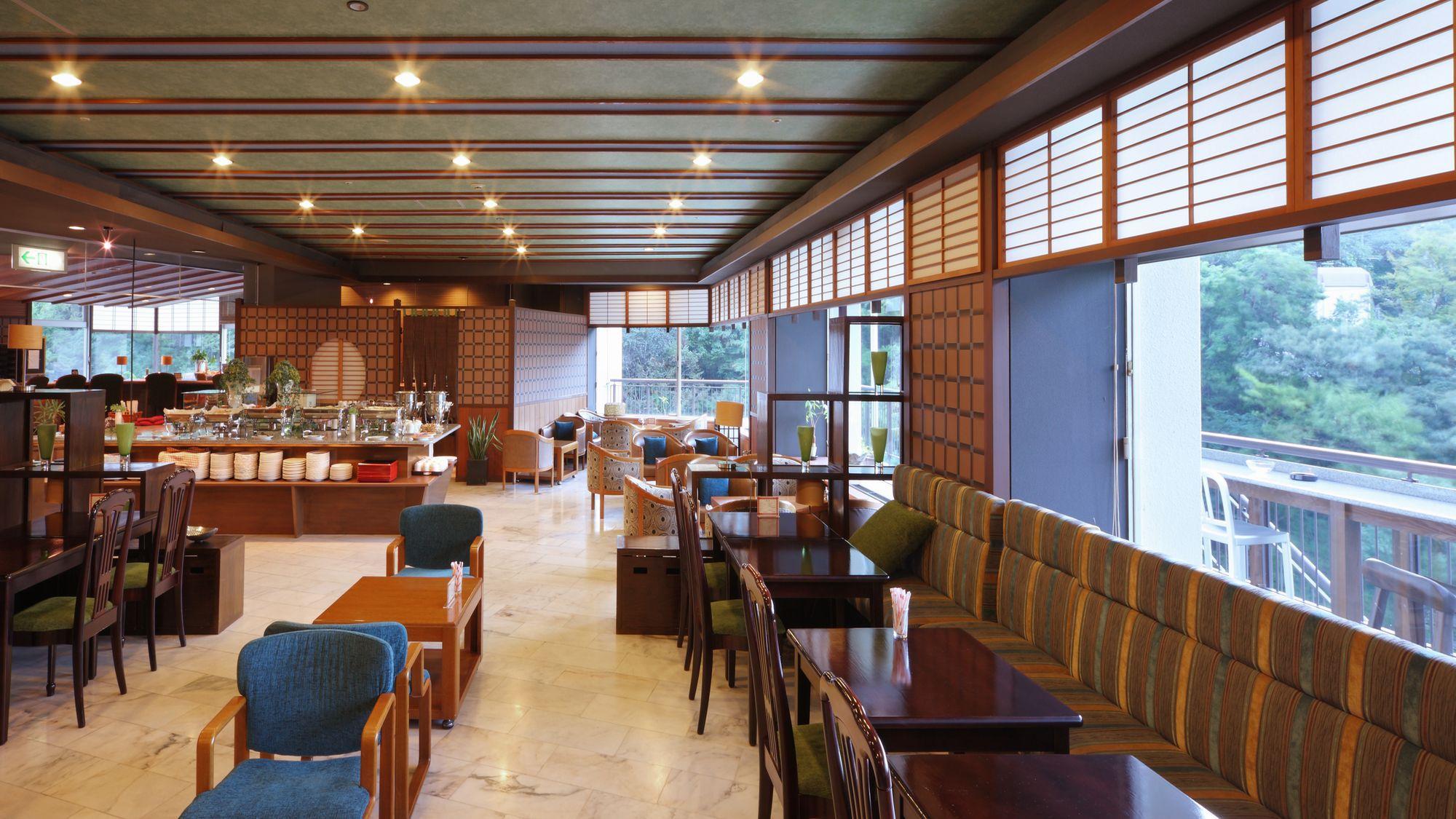 朝食 和洋ビュッフェ(洋食会場一例)